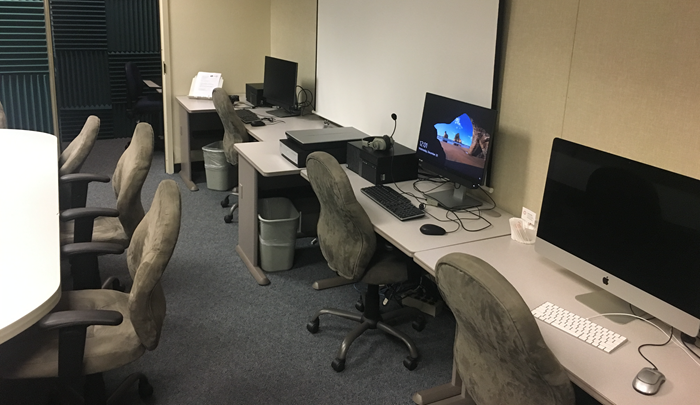 Showing faculty workstations in room LL-111