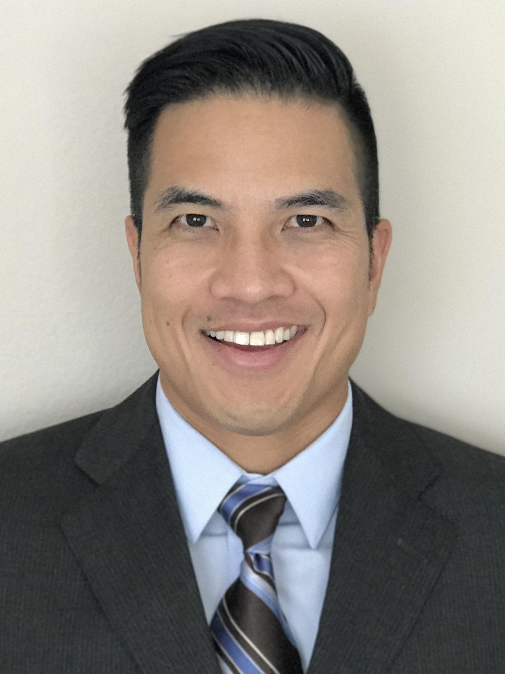 Dr. Vu Phan, MD : Physician