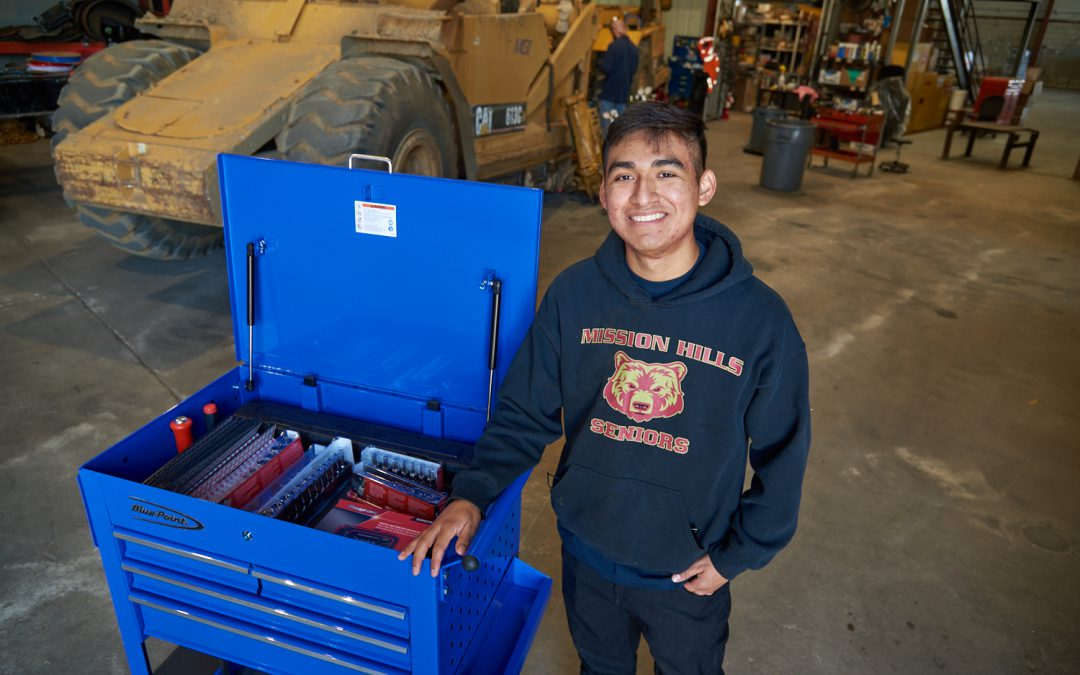Palomar Student Awarded Tool Set with New Job as Diesel Technician
