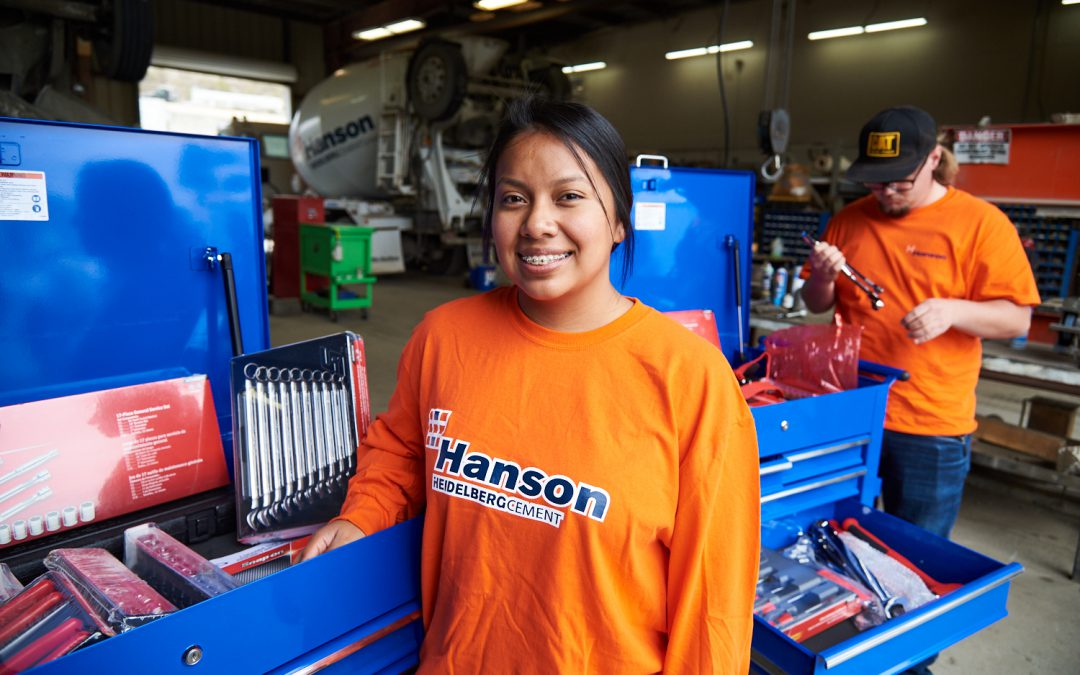 Two Palomar Students Start New Jobs With Free Tools