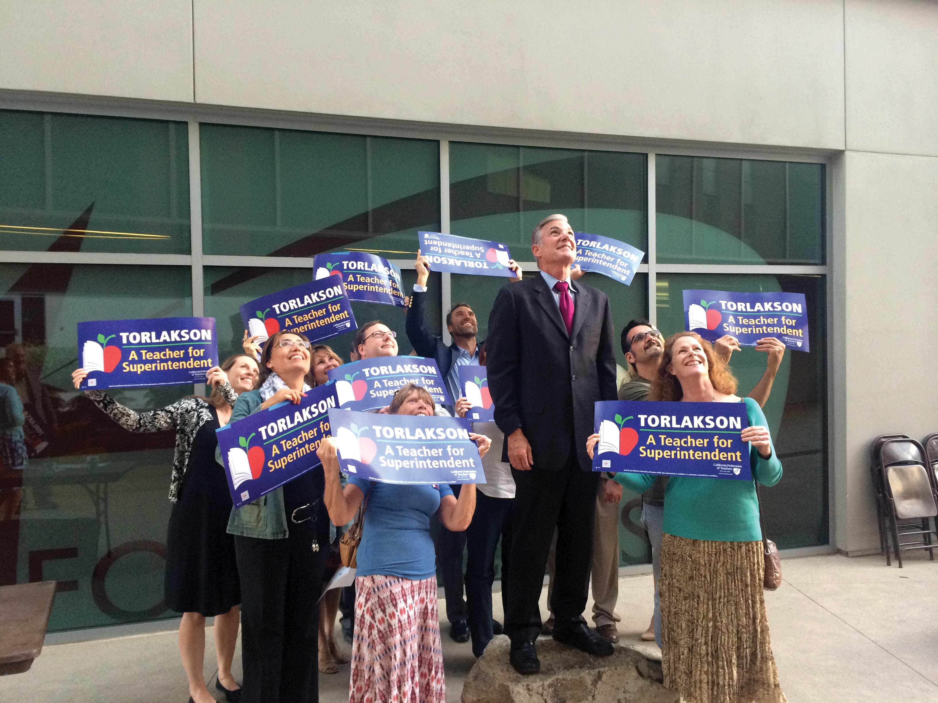 California Superintendent of Public Instruction, Tom Torlakson, who is up for re-election this fall, poses for a few photos with his constituents at Palomar College on Tuesday, Oct 28 • Brian O'Malley/The Telescope