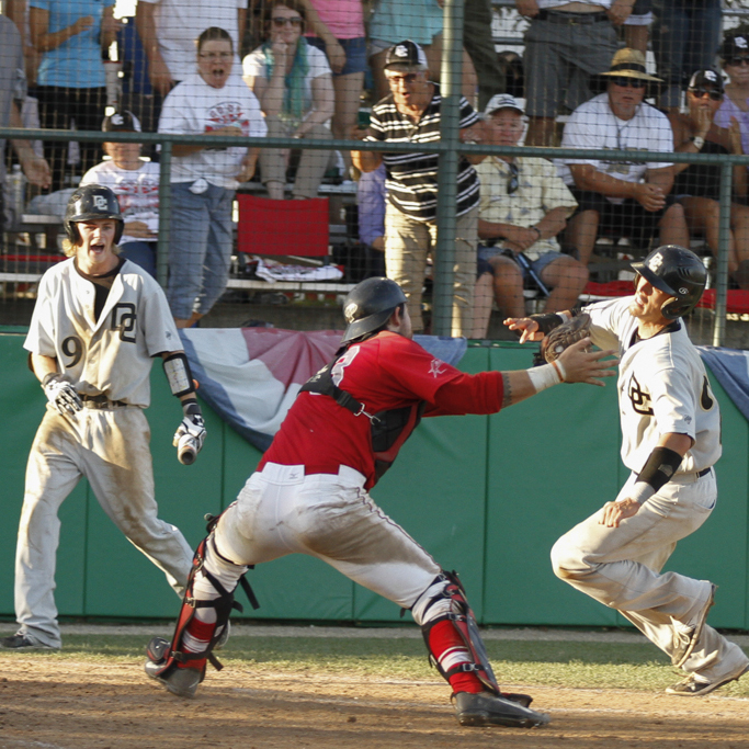 Palomar's Francis Christy applies the tag to San Joaquin Delta runner Collin Theroux in the third inning for the out. The Mustangs won the game 14-7 May 24 at Euless Park in Fresno and eliminated the Comets from the Final Four. The Comets finished the season with a 37-8 record. Philip Farry / The Telescope