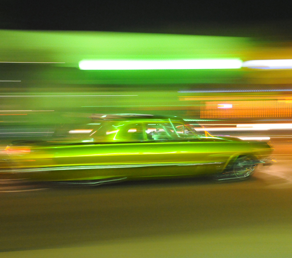 A vintage car cruising down Grand Avenue in Escondido during the weekly Cruisin Grand on Friday, Sept. 4. Yvette Monteleone/The Telescope