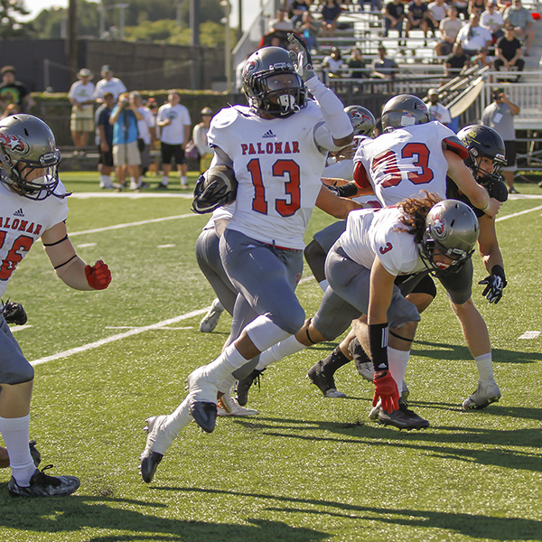 Palomar running back Semaj Wren (13) returns a kickoff 50yards during the third quarter against Golden West College. The Comets were defeated by the Rustlers 35-23 at Golden West College in Huntington Beach, CA on 22 Oct. Philip Farry / The Telescope