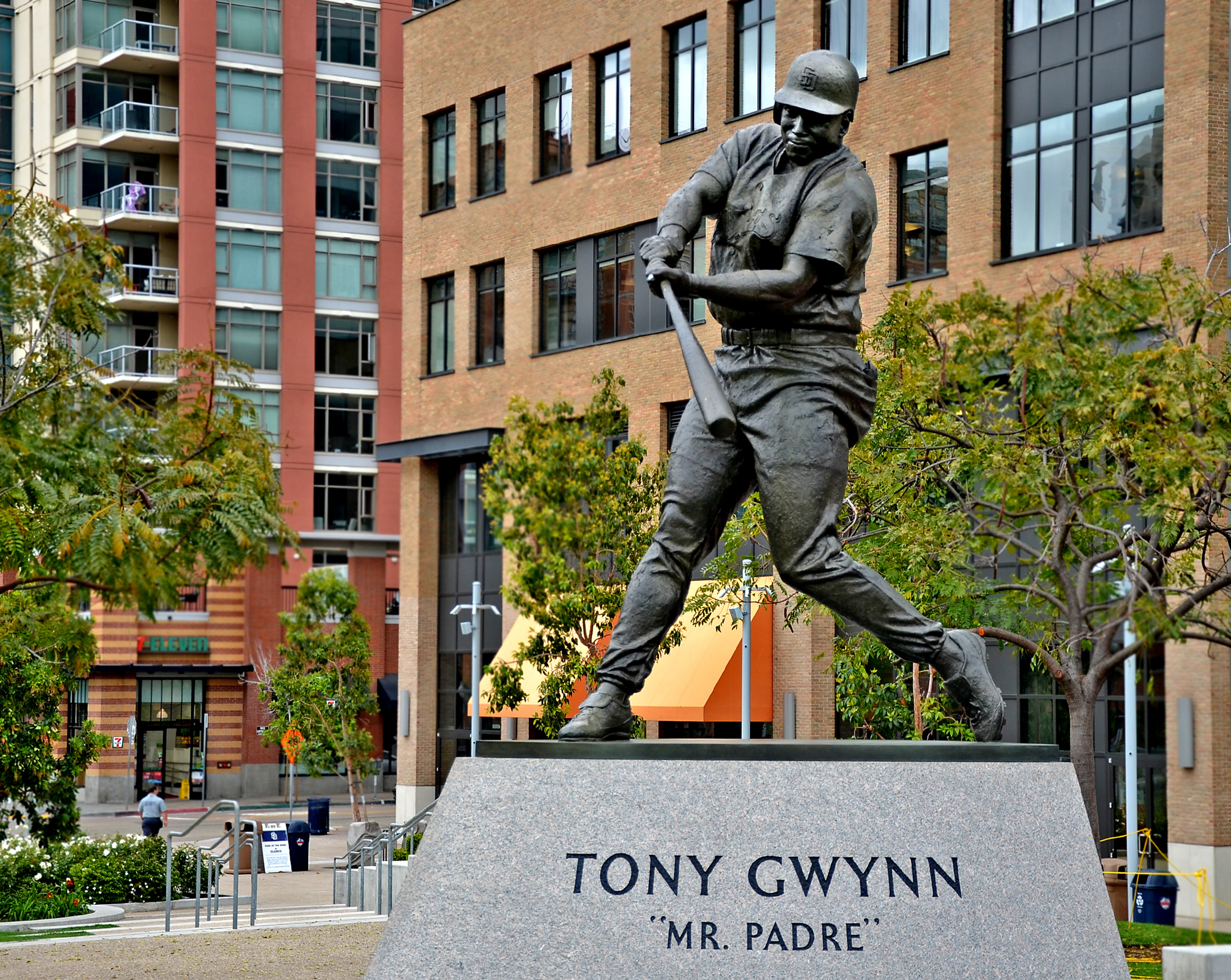 Longtime Padre Tony Gwynn is remembered with a statue in San Diego, California. (Christopher Reynolds/Los Angeles Times/MCT)