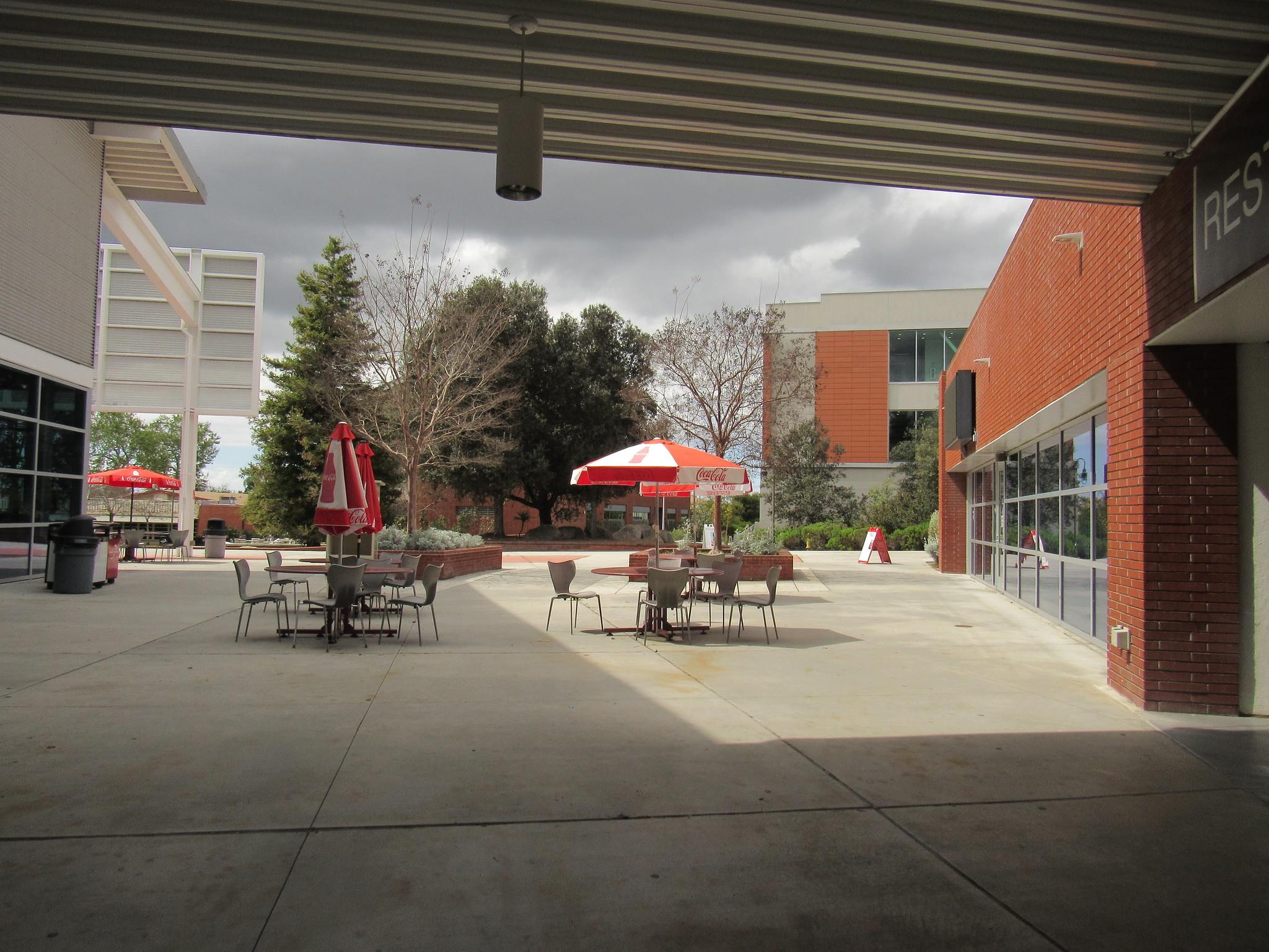 palomar food court